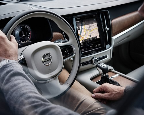 Volvo-V90-S90-Interieur-Conducteur